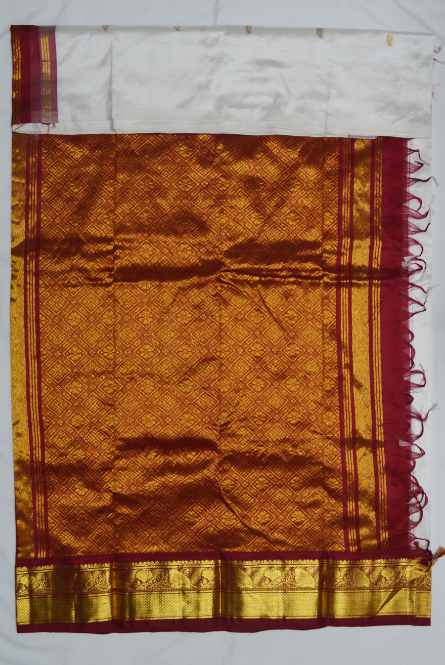 Temple Saree 2578