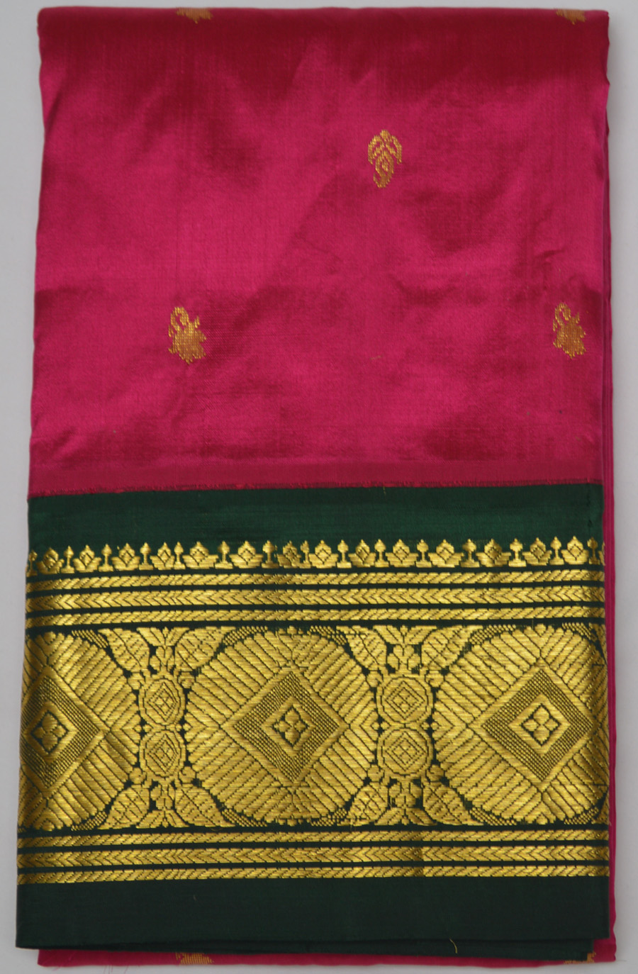 Temple Saree 2579