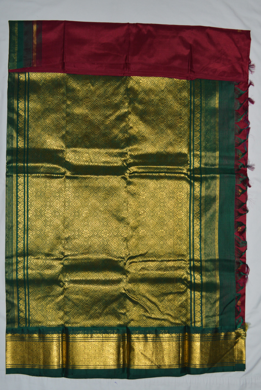 Temple Saree 2852