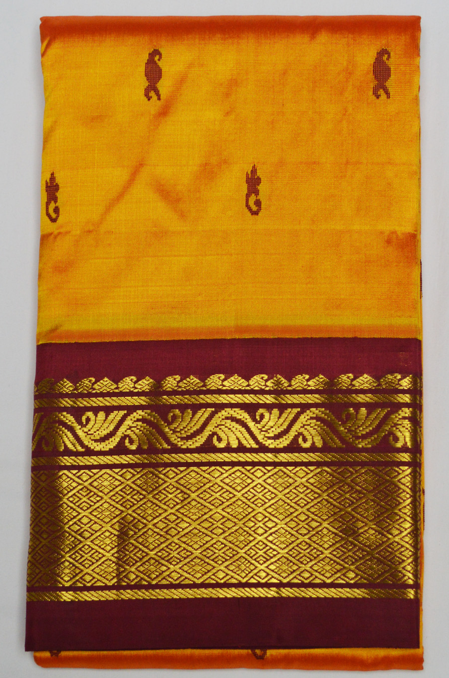 Temple Saree 2853