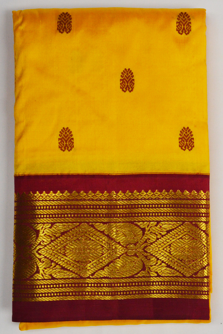 Temple Saree 2908
