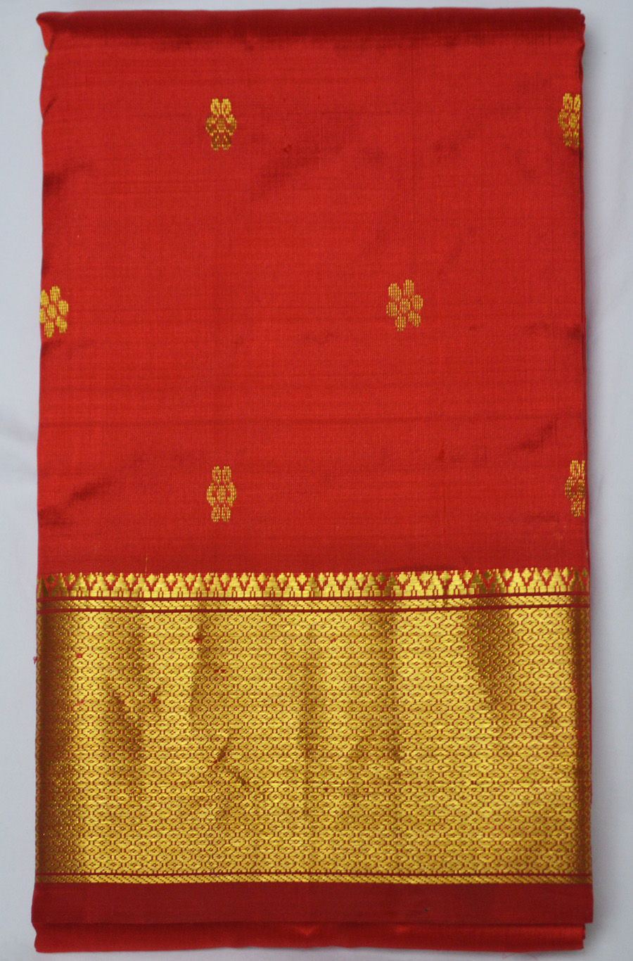 Temple Saree 2608