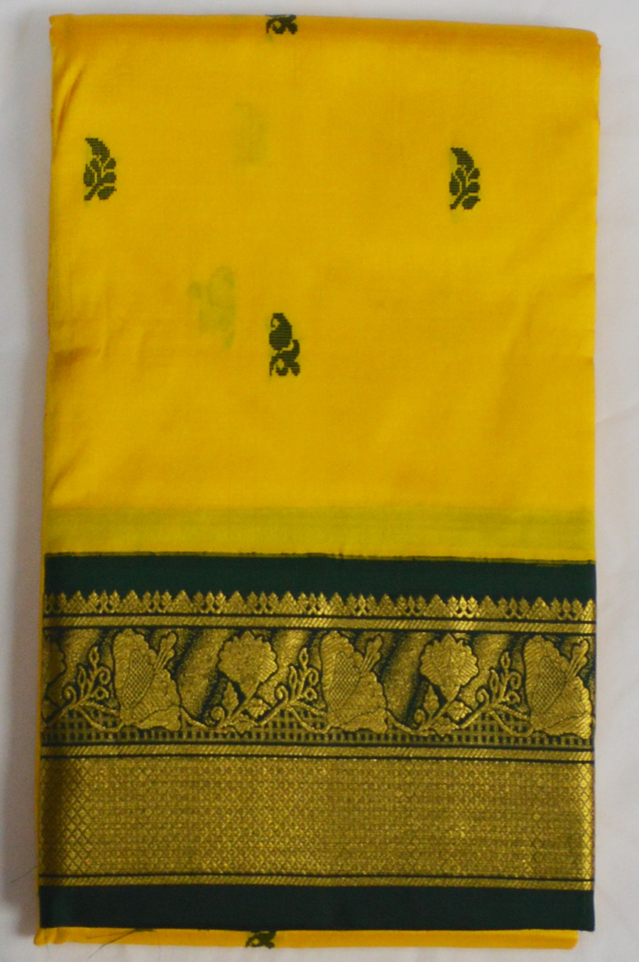 Temple Saree 3076-3