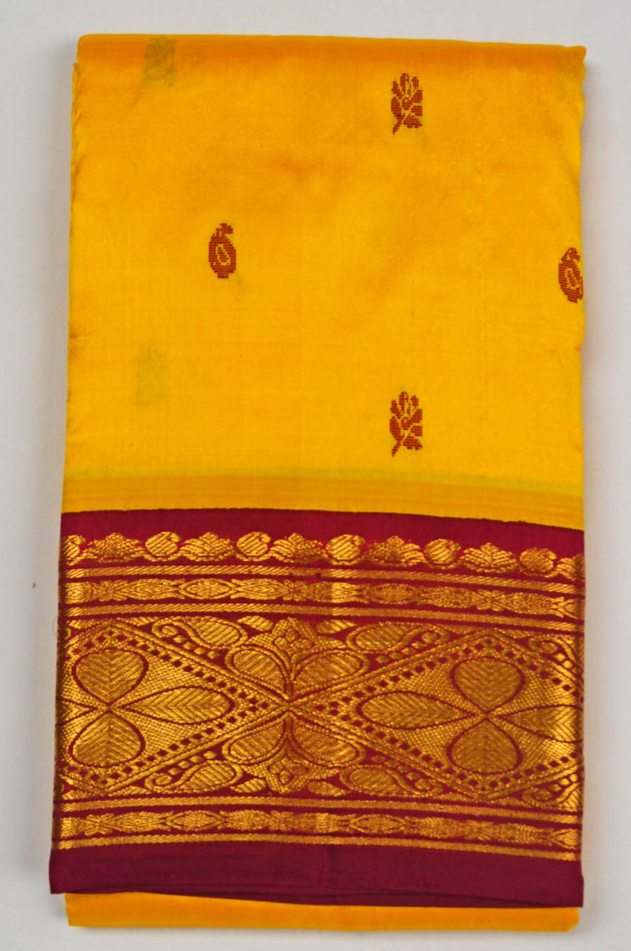 Temple Saree 3170